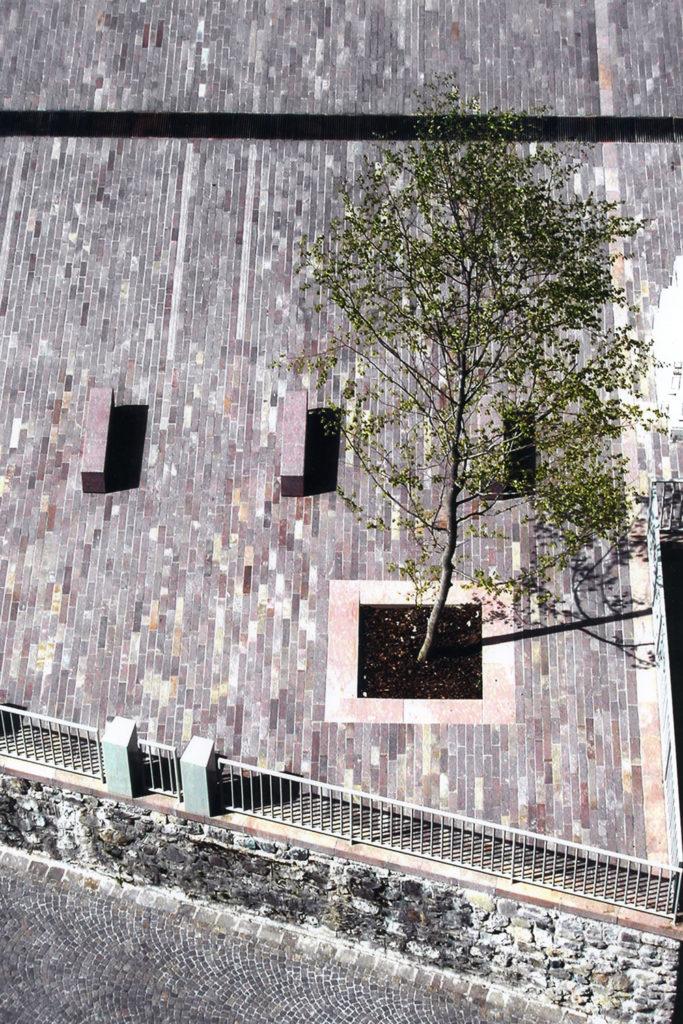 Piazza Cardinale Maj - Schilpario Bg - oberti+oberti   architetti